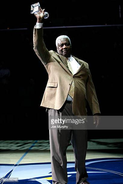 Legend Oscar Robertson receives the National Civil Rights Museum Sports Legacy Award during halftime of a game between the Memphis Grizzlies and the...