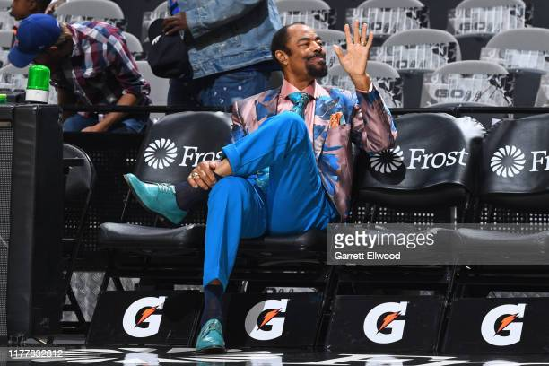 Legend, Walt Frazier waves to fans before the game between the New York Knicks and the San Antonio Spurs on October 23, 2019 at the AT&T Center in...