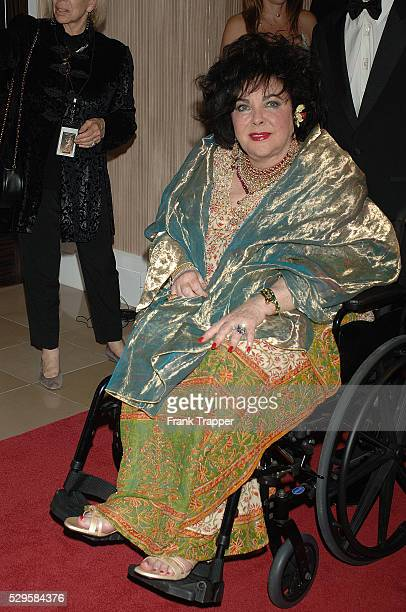 Legendary actress Elizabeth Taylor arrives at the 2005 BAFTA/LA Cunard Britannia Awards where she was honored with The Britannia Award For Artistic...