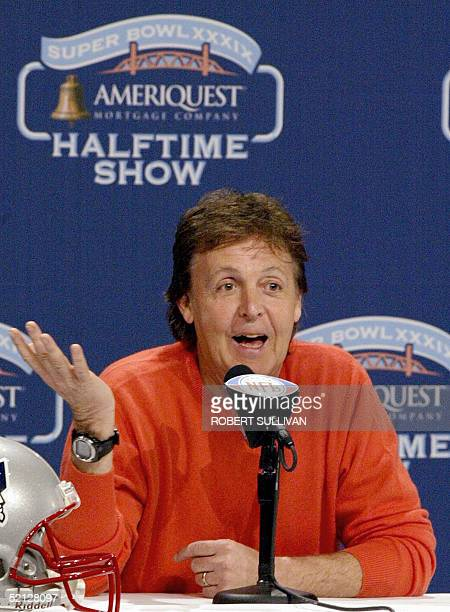Legendary British rocker Sir Paul McCartney jokes 03 February 2005 during a press conference about his halftime show for Super Bowl XXXIX in...