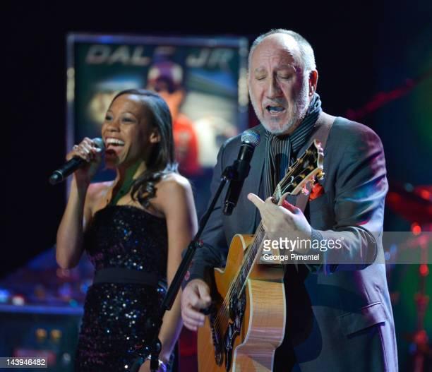Legendary guitarist Pete Townshend performs with Tony Awardwinning actress Nikki James at the Governor General's Performing Arts Award Gala Canada's...
