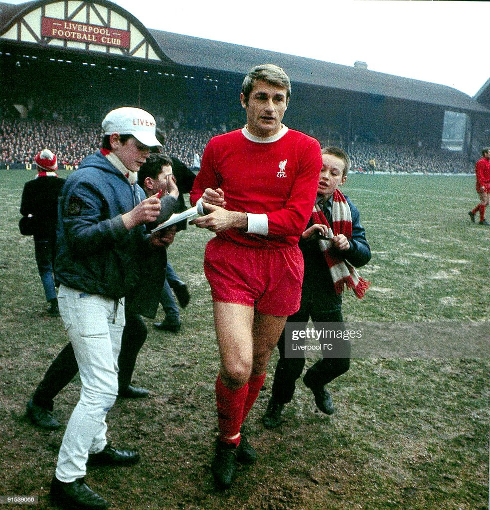 English First Division: Liverpool v Burnley : News Photo