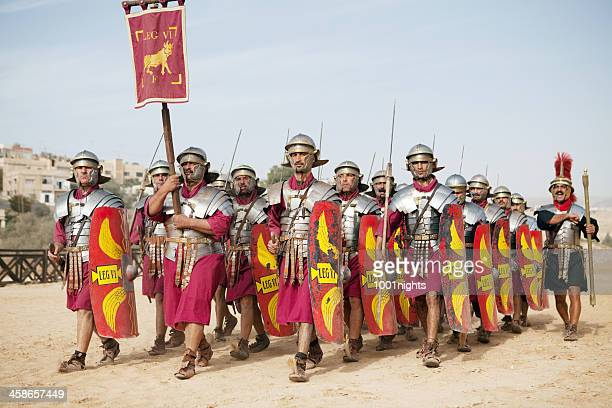 legion marching - jerash, jordan - roman army stock pictures, royalty-free photos & images