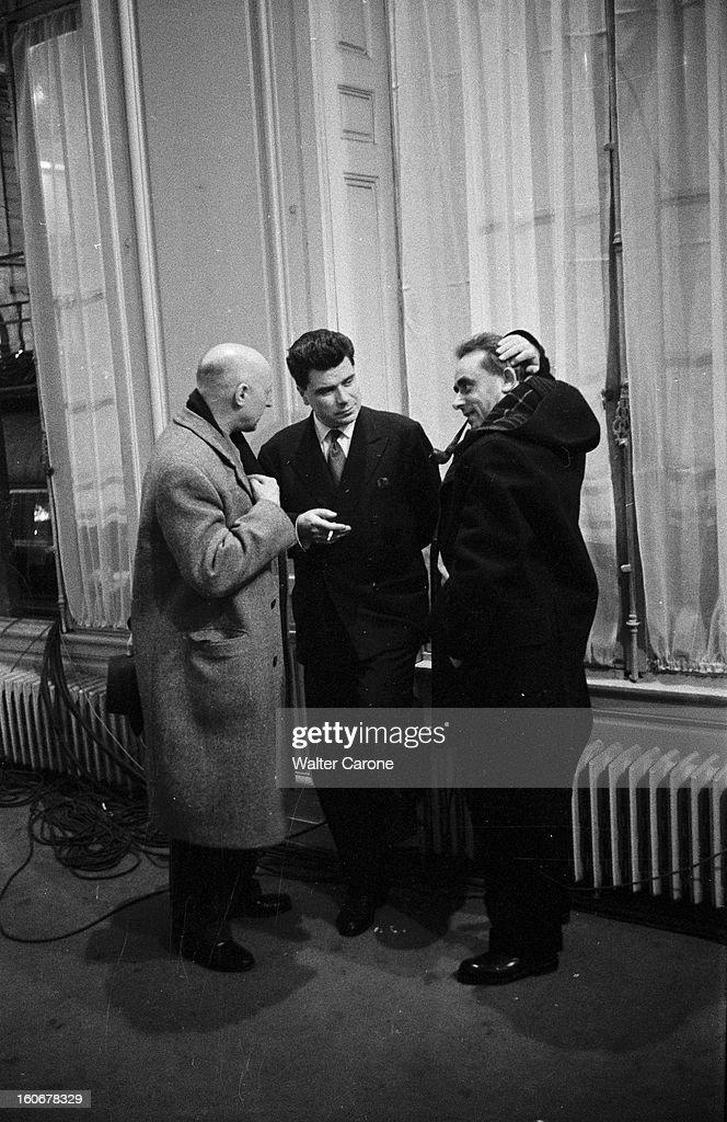 https://media.gettyimages.com/photos/legislative-elections-of-1956-en-france-paris-au-ministre-de-le-2-picture-id160678329
