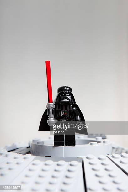 lego star wars jouet caractères: darth vader dark - lego star wars photos et images de collection