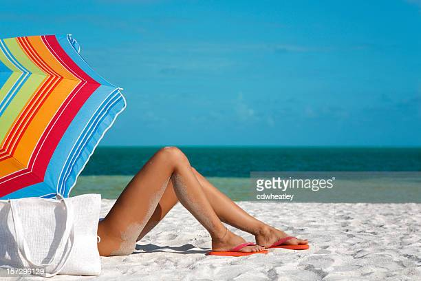 legs and umbrella - pretty toes and feet stock pictures, royalty-free photos & images