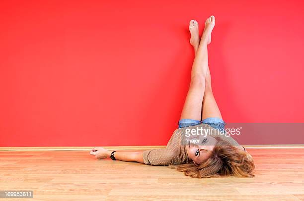 legs-up - beautiful long legs stock pictures, royalty-free photos & images