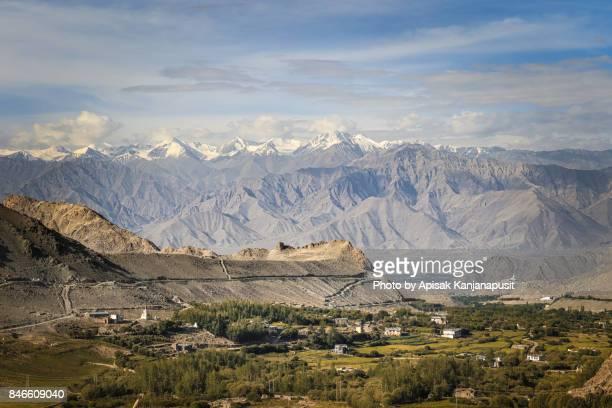 Leh Ladakh road trip along the edge of the mountain range.