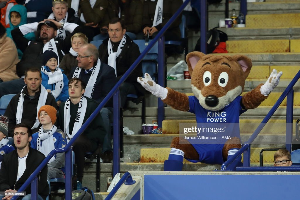 Leicester City mascot Filbert Fox reacts from the crowd ...