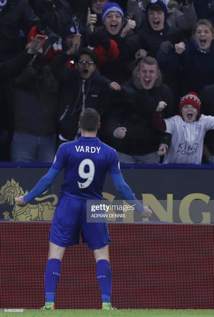 Leicester City's English striker Jamie Vardy celebrates scoring his team's third goal during the English Premier League football match between Leicester City and Liverpool at King Power Stadium in Leicester, central England on February 27, 2017. / AFP / ADRIAN DENNIS / RESTRICTED TO EDITORIAL USE. No use with unauthorized audio, video, data, fixture lists, club/league logos or 'live' services. Online in-match use limited to 75 images, no video emulation. No use in betting, games or single club/league/player publications. /