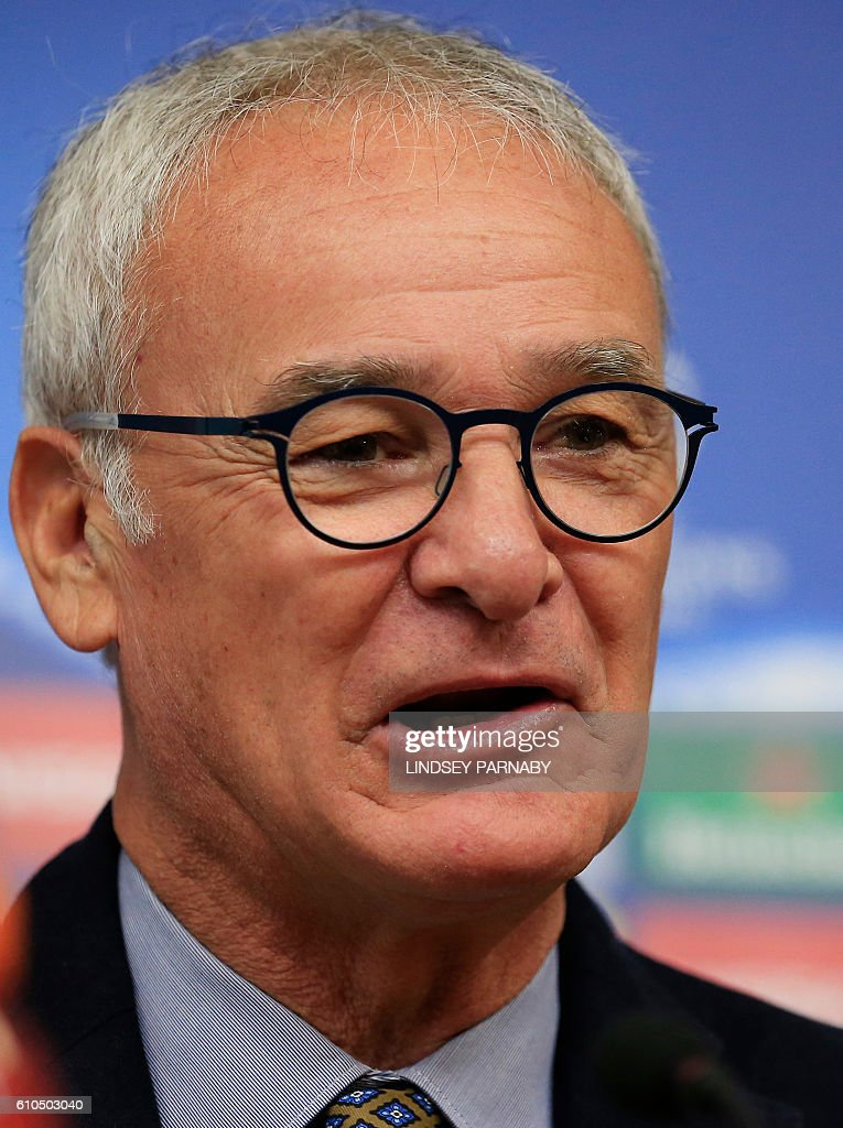 Leicester City's Italian manager Claudio Ranieri speaks during a news conference at the King Power stadium in Leicester, central England, on September 26, 2016. Leicester City are set to play Porto in a UEFA Champions League group G stage football match on September 27, 2016. / AFP / Lindsey Parnaby