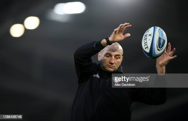 Leicester Tigers head coach Steve Borthwick coaches lineouts prior to the Gallagher Premiership Rugby match between London Irish and Leicester Tigers...