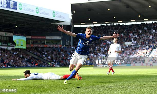 Leicester's Jamie Vardy celebrates after scoring to make it 23 during the Premier League match between West Bromwich Albion and Leicester City at The...