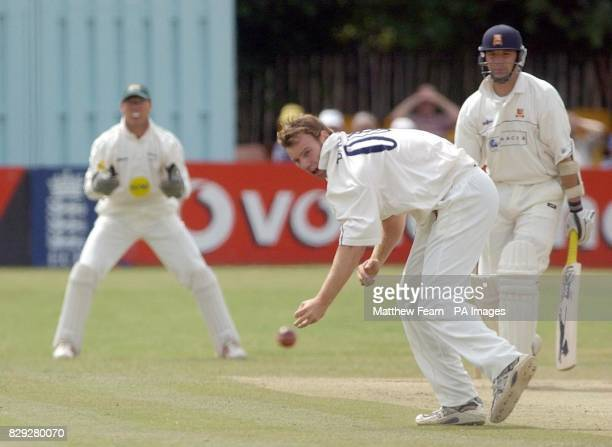 Leicestershire's Charlie Dagnall misses a difficult catch off Essex's James Middlebrook as team mate Paul Nixon looks on during their Division One...