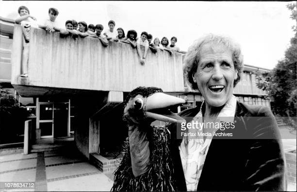 Leichhardt High School, Become T.V. Stars In England..... On The Rod Hull and EMU.... How That He Produces...The kids of the school are pictured...