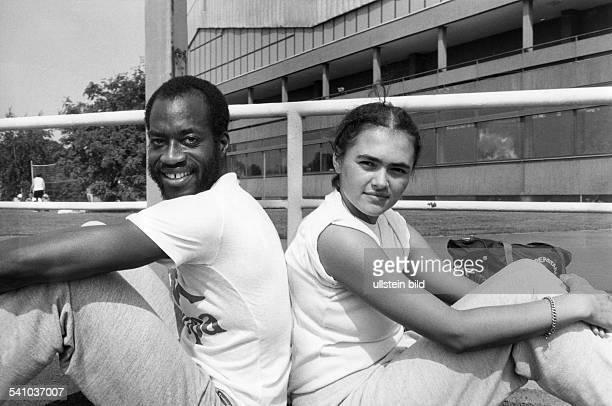 Leichtathlet USAmit seiner zukünftigen Frau Myrella Bordt 1982