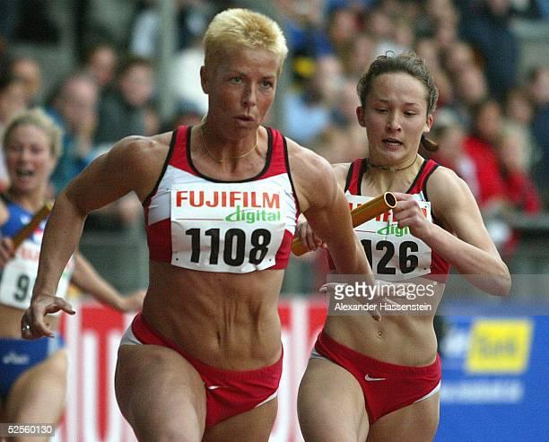 Leichtathletik: Deutsche Meisterschaft 2004, Braunschweig; Grit BREUER / SC Magdeburg , als Schlusslaeuferin der 4 x 100m Staffel des SC Magdeburg...