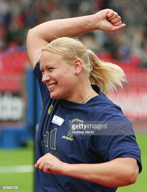 Leichtathletik Deutsche Meisterschaft 2004 Braunschweig Hammerwurf / Frauen Andrea BUNJES / SV Holtland siegte mit einer Weite von 6893 bei der DM in...