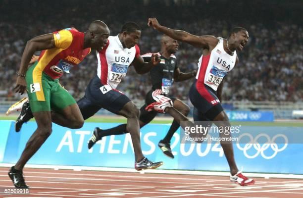 Leichtathletik Olympische Spiele Athen 2004 Athen 100m / Maenner / Finale vlks Silber fuer Francis OBIKWELU / POR 4Platz fuer Shawn CRAWFORD 6 PLatz...