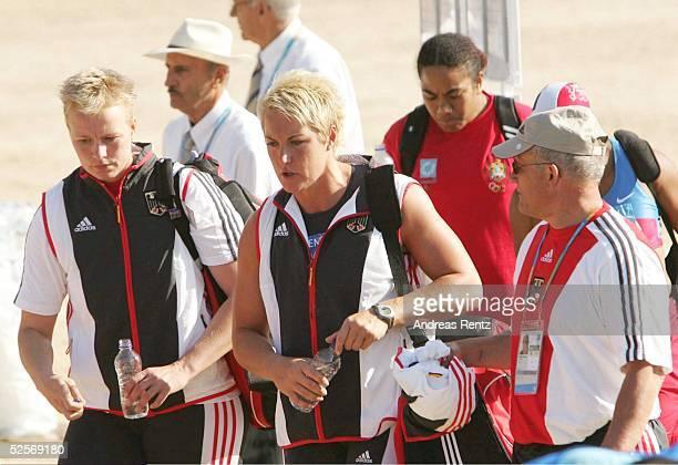 Leichtathletik Olympische Spiele Athen 2004Ancient Stadium Olympia Kugelstossen / Frauen Astrid KUMBERNUSS / GER scheidet in der Qualifikation aus...