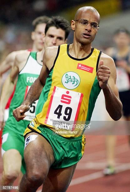 Leichtathletik : Sparkassen Cup 2005, Stuttgart, 29.01.05;800 Meter Maenner;Nico MOTCHEBON/Salamander Kornwestheim belegte den vierten Platz im...