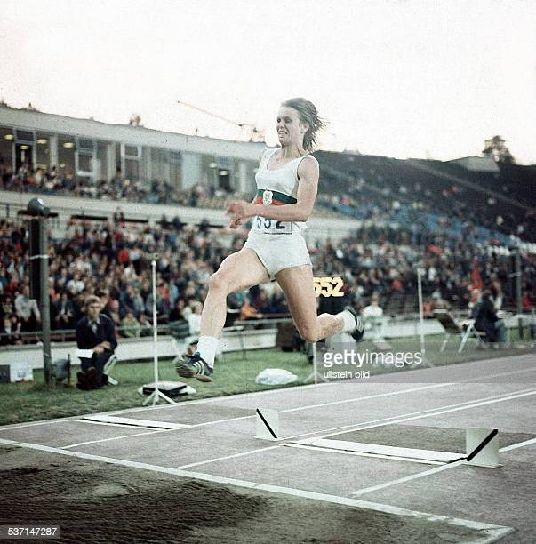 Leichtathletin DDR 29 Leichtathletik Meisterschaften der DDR beim Weitsprung
