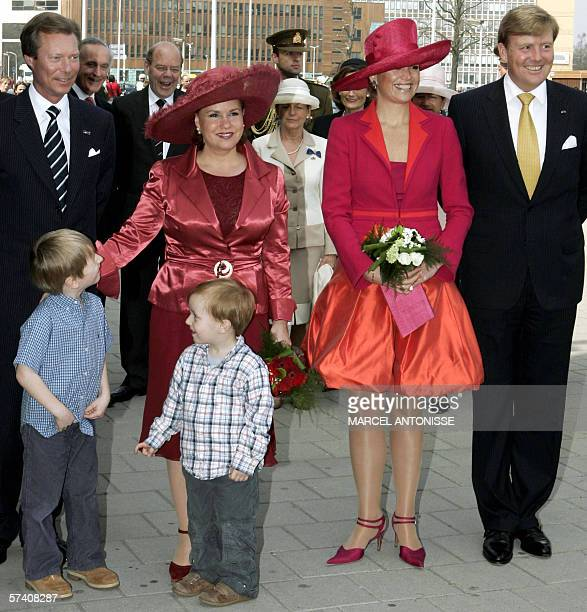 Dutch Crownprince WillemAlexander Princess Maxima Grand Duke Henri and Grand Duchess Maria Teresa of Luxemburg arrive for a visit at the hospital of...