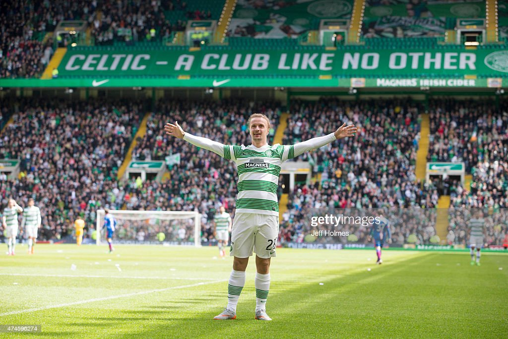 Leigh Griffiths in celebrates scoring Celtics 4th goal during the Scottish Premiership Match between Celtic and Inverness Caley Thistle at Celtic Park on May 24, 2015 in Glasgow, Scotland.