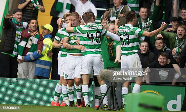 Leigh Griffiths of Celtic celebrates his Goal with team mates during the UEFA Champions League Second Qualifying Round Second Leg between Celtic...