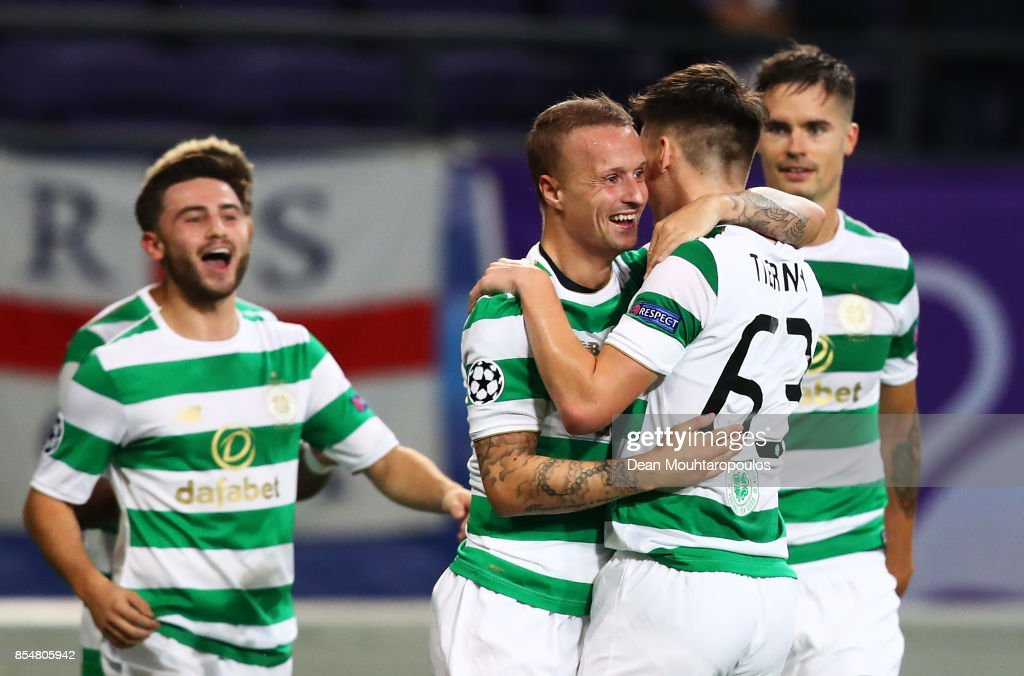 Leigh Griffiths of Celtic celebrates scoring his sides first goal with team mates during the UEFA Champions League group B match between RSC Anderlecht and Celtic FC at Constant Vanden Stock Stadium on September 27, 2017 in Brussels, Belgium.