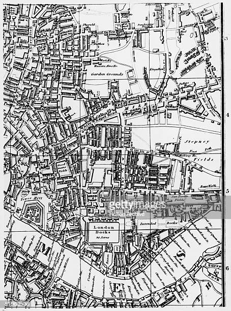 Leigh's Map of London showing the Shoreditch Whitechapel and Wapping areas 1818