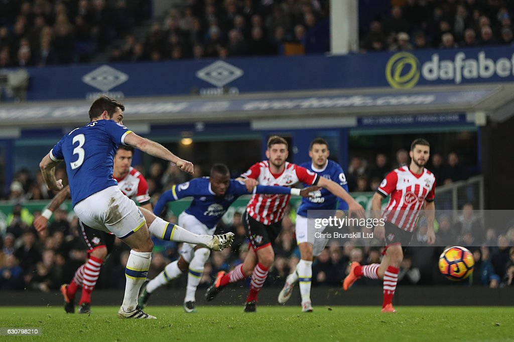 Leighton Baines of Everton scores from the spot to make it 2:0 during the Premier League match between Everton and Southampton at Goodison Park on January 2, 2017 in Liverpool, England.