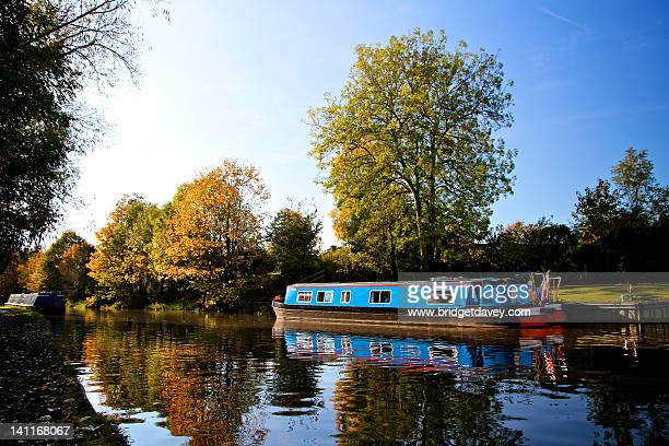 leighton buzzard grand union canal - bedfordshire stock photos and pictures