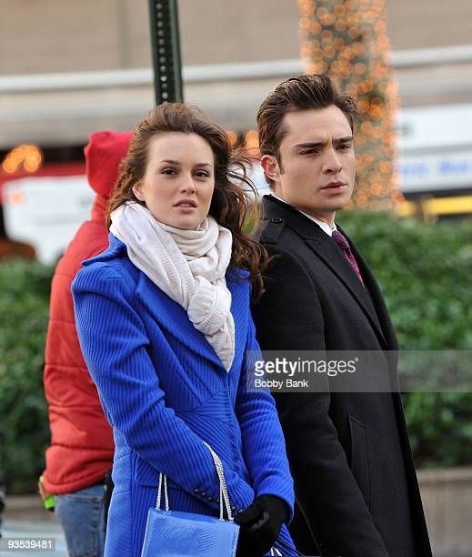 Leighton Meester and Ed Westwick on location for Gossip Girl on the streets of Manhattan on December 1 2009 in New York City