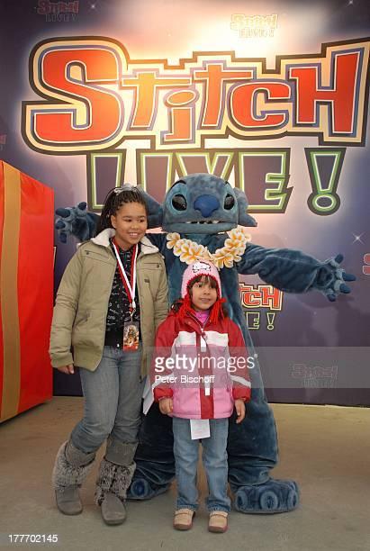 "Leila Jamila Benaissa , Cheyenne Jessica (Tochter von J E S S I C A Wahls mit ""Stitch"", ""Disneyland Resort Paris"", Disney Studios, Frankreich,..."