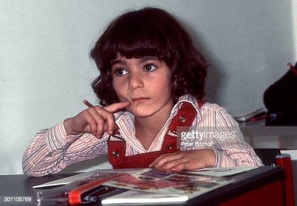 Leila Pahlavi Klassenzimmer Kaiserliche Privatschule Teheran Persien VorderAsien SchahFamilie lernen Kinderfoto Adel Promi NB SC