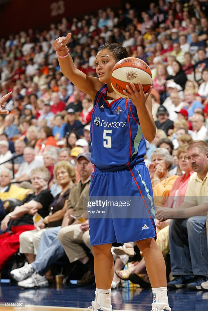 Leilani Mitchell #5 of the New York Liberty directs her team against the Connecticut Sun during the game on June 4, 2010 at Mohegan Sun Arena in Uncasville, Connecticut.