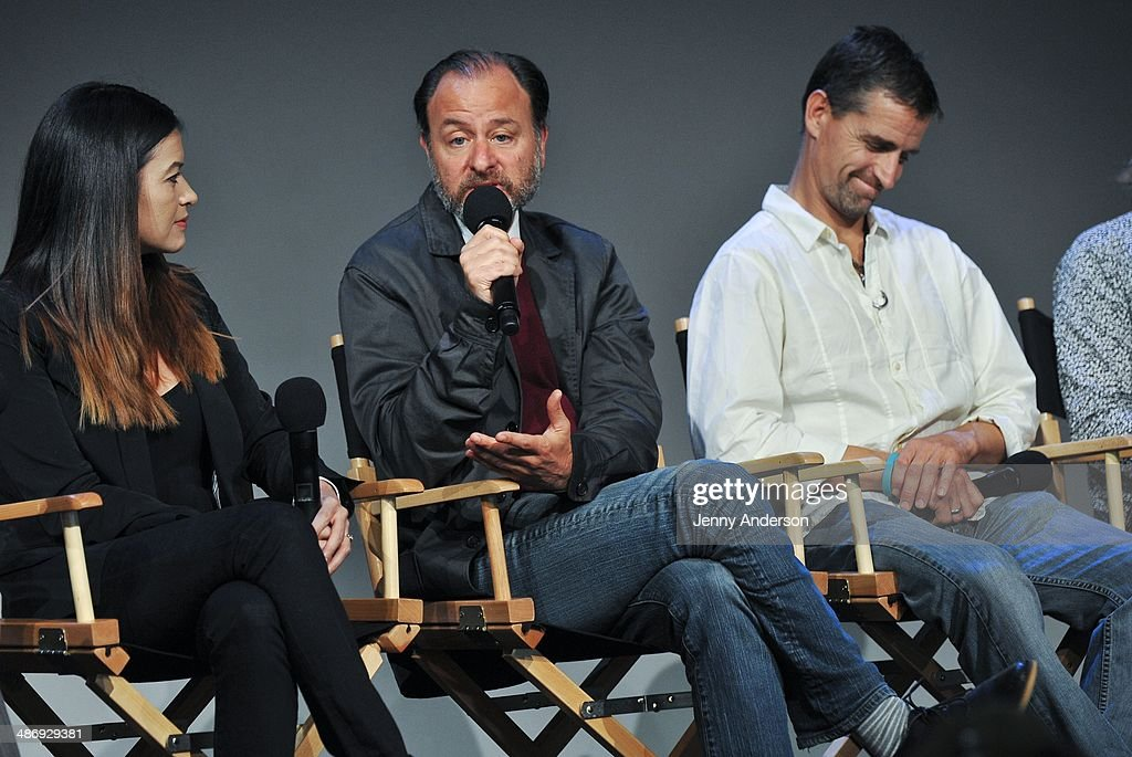 "Apple Store Soho Presents: Tribeca Film Festival: Louie Psihoyos, Fisher Stevens, And Leilani Munter, ""6"" : News Photo"