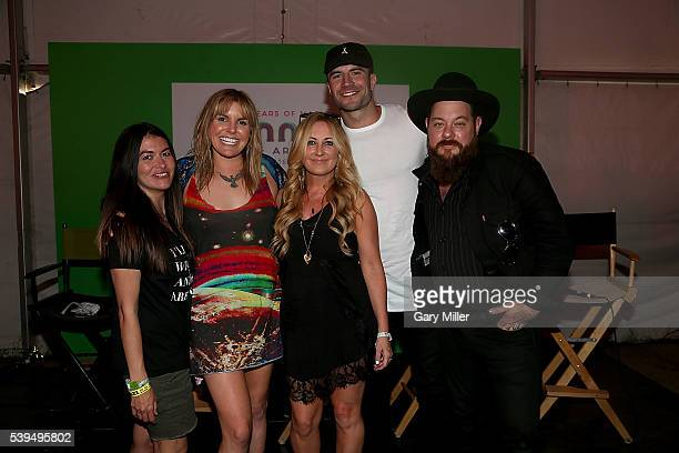 Leilani Munter Grace Potter Lee Ann Womack Sam Hunt and Nathaniel Ratliff attend the Saturday press conference during the third day of the Bonnaroo...