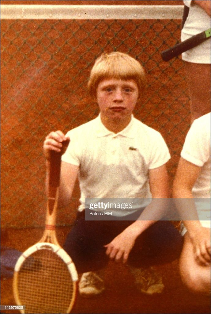 Leimen celebrating their champion Boris Becker in Germany on July 12, 1985- : News Photo