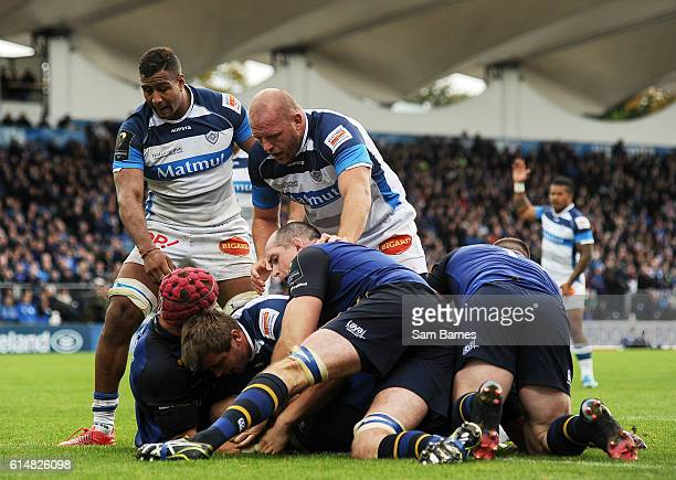 Leinster Ireland 15 October 2016 Anthony Jelonch of Castres goes over to score his sides second try during the European Rugby Champions Cup Pool 4...