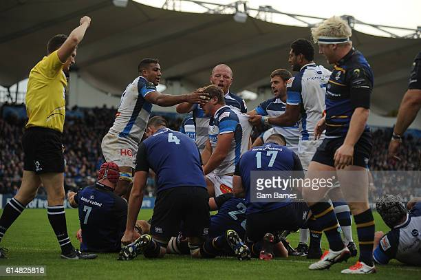 Leinster Ireland 15 October 2016 Anthony Jelonch of Castres is congratulated by teammates after scoring his sides second try during the European...