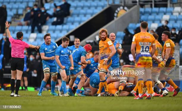 Leinster players celebrate winning a scrum penalty during the Heineken Champions Cup Quarter Final match between Exeter Chiefs and Leinster at Sandy...