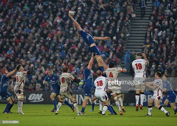 Leinster's Devin Toner wins the touch, during the Guinness PRO12' match, at RDS Arena in Dublin. Ireland. 3 January 2015. Picture by: Artur...
