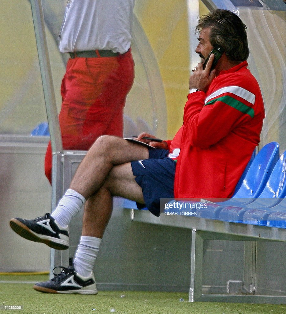 Argentinian coach of the Mexican team Ri : News Photo
