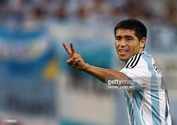 Argentinian midfielder Juan Roman Riquelme gestures during the World Cup 2006 round of 16 football game Argentina vs Mexico 24 June 2006 at Leipzig...