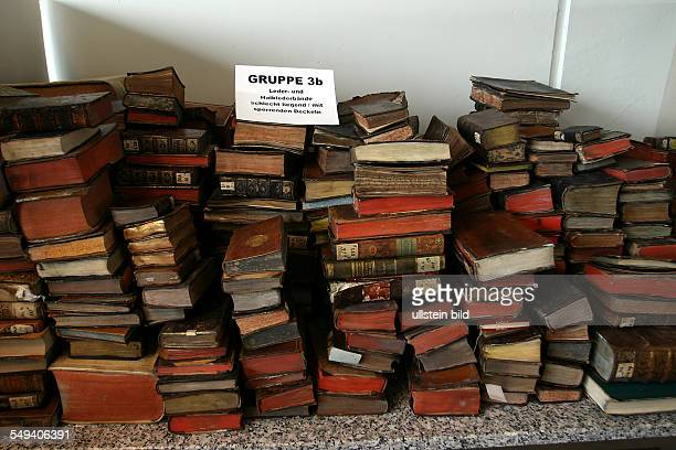 restoration of books which were damaged in the fire of the AnnaAmaliaLibrary