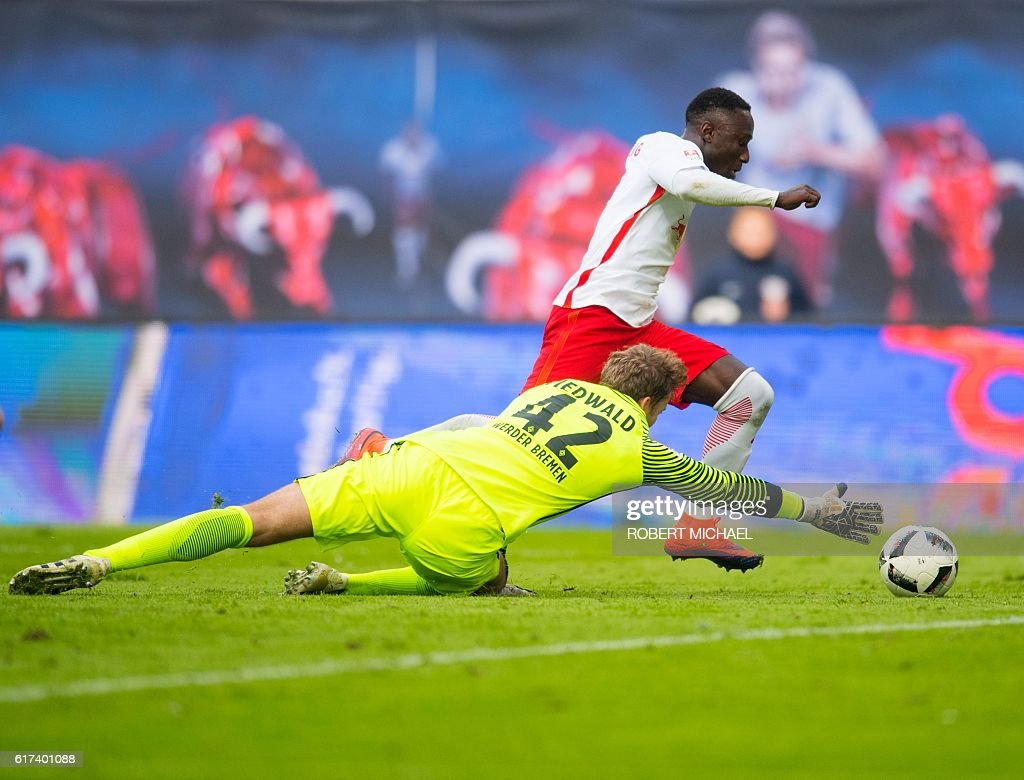 FBL-GER-BUNDESLIGA-LEIPZIG-BREMEN : News Photo