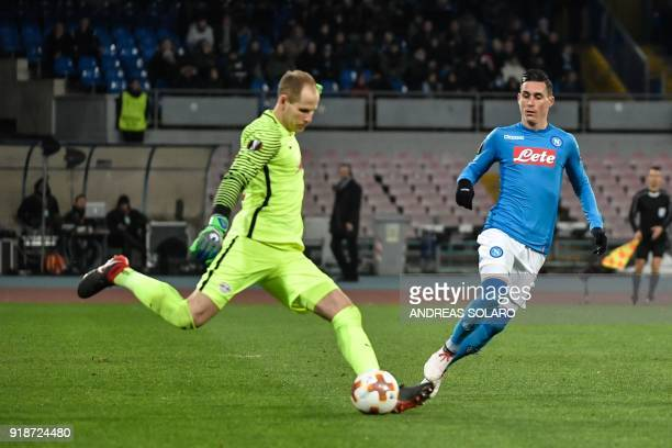 Leipzig's Hungarian goalkeeper Peter Gulacsi vies for the ball with Napoli's Spanish midfielder Jose Maria Callejon during the UEFA Europa League...