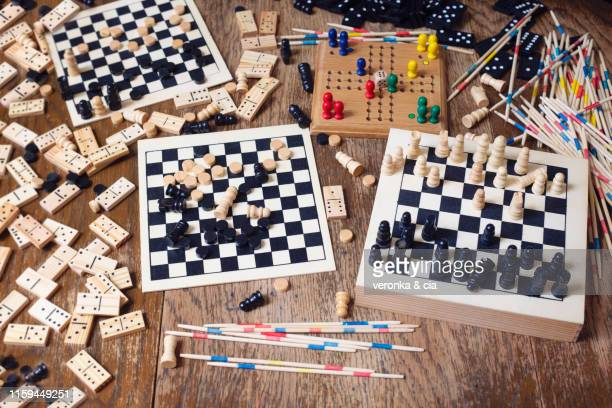 leisure games - board game stock pictures, royalty-free photos & images